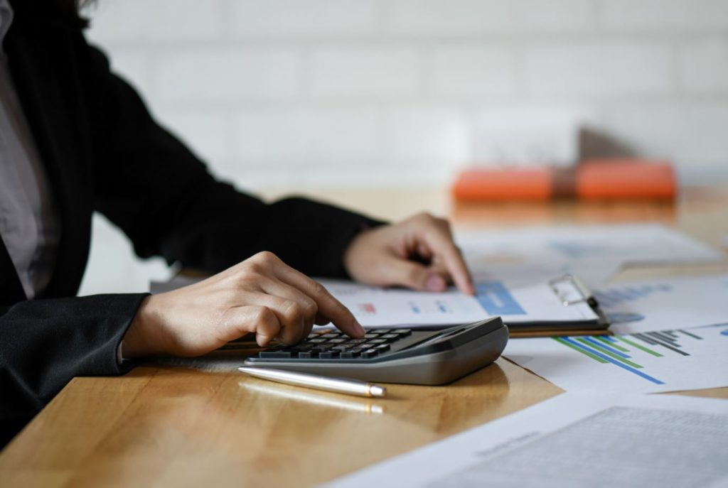 How Does an EHR Actually Save You Money?